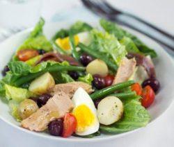 Salada Niçoise - Receitas da Tia Céu
