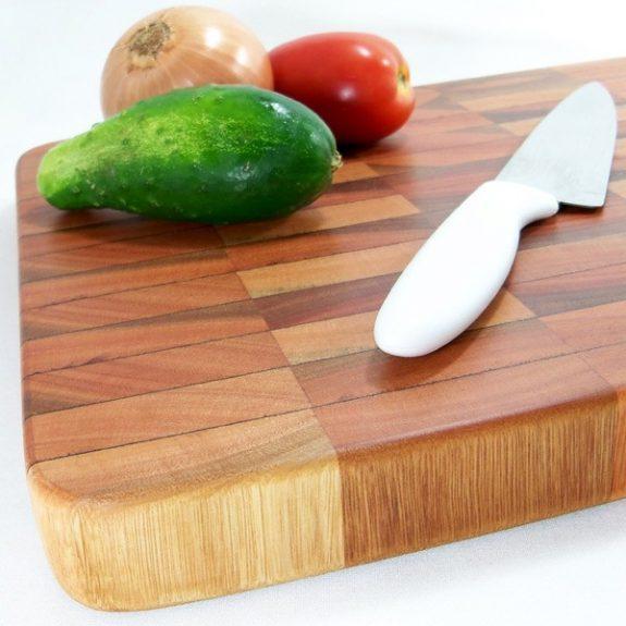 Limpar a tábua de cortar carne - Receitas da Tia Céu