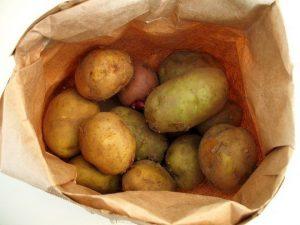 batatas-300x225 Nem todos os legumes e frutas devem ir para o frigorifico.