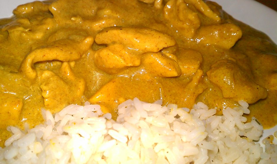 i-pollo-al-curry-con-arroz